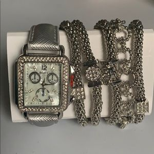Silver Watch with 5 bracelets